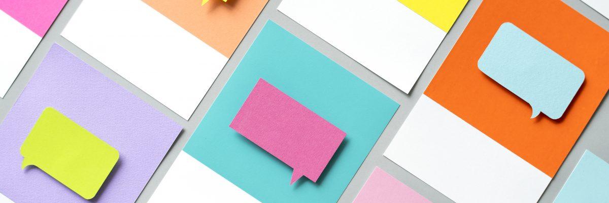 Paper craft art of speech bubble icon